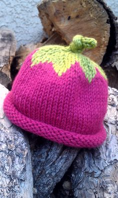 Free Berry Baby Hat pattern