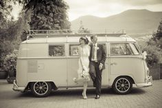 Retro vintage wedding Vw Bus