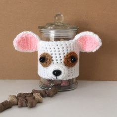 Your finished cozy looks super cute on a jar too. Fill it with treats for yourself or your dog!