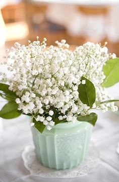Mint (and baby's breath) trend.