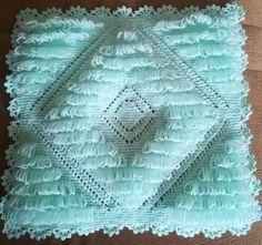 Nurten yapmıştır. Crochet Art, Easy Crochet Patterns, Teapot Cover, Yarn Shop, Moda Emo, Vintage Patterns, Baby Knitting, Blanket, Handmade