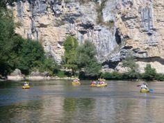 vayrac-canoes-on-dordogne-13.jpg 500×375 pixels
