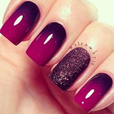 This colour combo is amazing, love the accent nail!