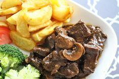 Gerechten zonder pakjes en zakjes #126. Hollands Stoofpotje met champignon en ui (Knorr) - Steak, Beef, Food, Meat, Essen, Steaks, Meals, Yemek, Eten