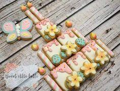 birthday cake built in pieces Crazy Cookies, Fancy Cookies, Cute Cookies, Easter Cookies, Cookies And Cream, Summer Cookies, Heart Cookies, Valentine Cookies, Christmas Cookies