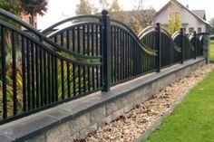 modern-metal-fence-360x240.jpg (360×240)