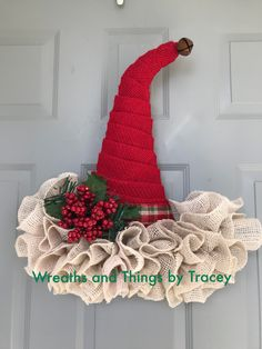 DT Hat - Burlap Christmas -2017 - Wreaths and Things by Tracey