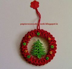 The Perfect DIY Shiny Quilled Snowflake - Cretíque