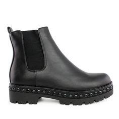Μποτάκια Connie χαμηλό τρουκςαπό συνθετικό δέρμα. Το πέλμα τους είναι από λάστιχο ύψους 3 εκ. Επίσης είναι διακοσμημένο με σειρά ... Chelsea Boots, Ankle, Outfits, Shoes, Fashion, Tall Clothing, Moda, Zapatos