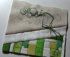 Debbie from A Quilter's Table makes a name tag - do a blog block of my own  :)