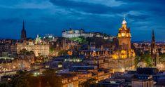 El castillo de Edimburgo al fondo