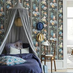 How wonderful is this wallpaper ? Look closely and you\'ll see the little squirrels swinging and gathering acorns.. Created in Boråstapeters Design Studio by Amanda Nord bad Boråstapeter  I - - - #kidsinteriors_com #kidsinteriors #kidsinterior #kidsdecor #decorforkids #kidsroomdecor #childrensdecor #girlsdecor #girlsroom #wallpaper #kidswallpaper #childrenswallpaper #barnrum #kinderkamer #kinderzimmer #barnerom #kidsdesign #designforkids