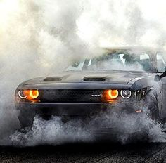 2019 Dodge Challenger - Unmistakable Muscle American muscle cars happen to be commonplace in your Dodge Challenger Hellcat, Dodge Nitro, Dodge Cummins, Dodge Viper, Dodge Trucks, Dodge Muscle Cars, Street Racing Cars, Auto Racing, Drag Racing