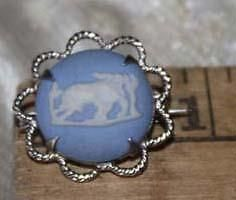 Small-But-Beautiful-WEDGEWOOD-Blue-Jasperware-Cameo-Romulus-Remus-Wolf Romulus And Remus, Wedgwood, Wolf, Fashion Jewelry, Pendant Necklace, Blue, Ebay, Beautiful, Trendy Fashion Jewelry