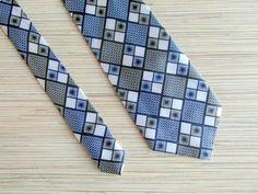 LUCKY JIM Vintage Tie 1980s Vintage Blue White by VintagePearlHunt