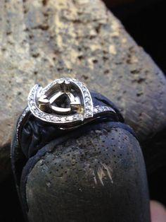 . Tanzanite Engagement Ring, Designer Engagement Rings, Ring Designs, Rings For Men, Silver Rings, Wedding Rings, How To Make, Jewelry, Men Rings