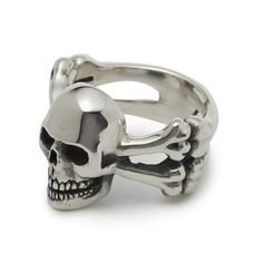 The Great Frog 'Skull and Crossbones' Ring. Handmade in London from hallmarked .925 British sterling silver.