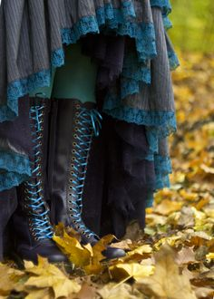 Pagan Skirts Wicca Witch: Witchy skirt and boots. [Non-leather version] This whole photo is great!