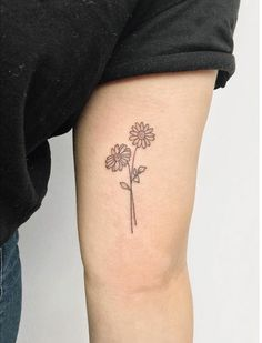 Under the category of the most beautiful mini tattoos, we will now examine the most beautiful mini flower tattoos.