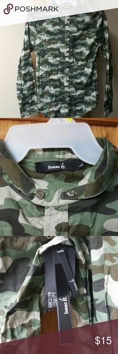 Men's button  down shirt Camouflage colored men's button  down shirt new with tags rounded button  collar size large slim fit 100 percent cotton super light weight once again I  feel it looks like a slim fit medium Isaach Shirts Casual Button Down Shirts
