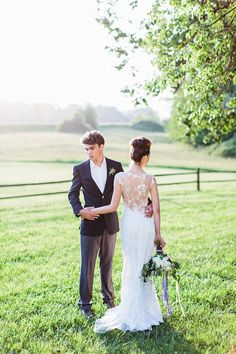 Rustic watercolor wedding inspiration | Photo by Anthem Photography | Read more - http://www.100layercake.com/blog/?p=81311
