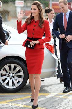 Kate Middleton is always dressing her Type 4 truth! http://dressingyourtruth.com/social