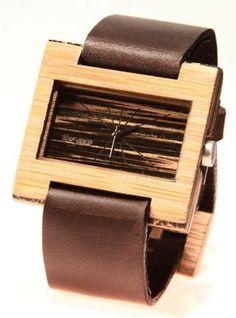 Reloj de pulso en madera marca Maguaco RM007. Maderas: Guadua y Macana. $170.000 COP