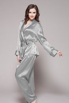 Two-piece set 100-percent high quality and natural ladies silk pajamas are on sale with custom plus size. $97 #pajamas #silk #lilysilk