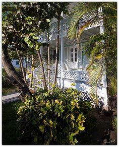 Vacation home on Bay Street in Dunmore Town, Harbour Island #Bahamas.