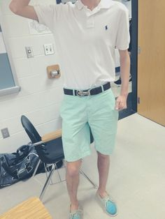 A color-coded kind of day #vinyardvines #sperries #spring #prep