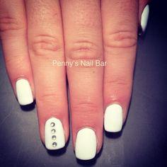 White nails #trend