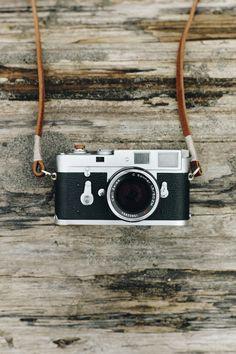 Leica - prawdziwa królowa fotografii. http://manmax.pl/leica-prawdziwa-krolowa-fotografii/