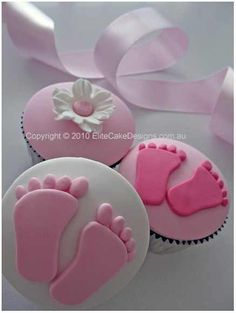 Beautiful cupcakes for girl baby shower! by My Practical Baby Shower Guide Gateau Baby Shower, Baby Shower Cupcakes, Shower Cakes, Baby Shower Gifts, Childrens Cupcakes, Kid Cupcakes, Cupcake Cakes, Cupcake Ideas, Baby Cakes