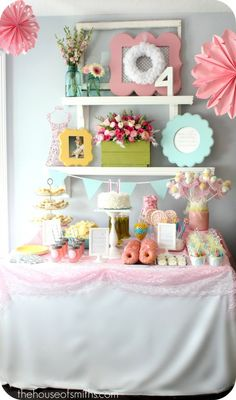 Love this setup for a party--and I want to make the box of flowers for springtime!