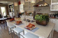 Traditional White Kitchen Cabinets #140 (Kitchen-Design-Ideas.org)