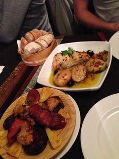 La liste des meilleurs restaurants à Lisbonne pour se régaler, goûter aux spécialités locales, tout en ne dépensant pas trop d'argent ! Voici la liste ici.