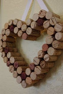 Heart shaped cork wreath http://www.happinessishomemade.net/2011/05/15/i-cork/ …