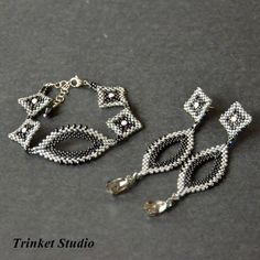 #TrinketStudio, #Beading, #Swarovski, Polandhandmade.pl , #Polandhandmade,#Earrings, #beading, #TrinkertStudio Wire Jewelry, Beaded Jewelry, Jewelery, Handmade Jewelry, Seed Bead Earrings, Beaded Earrings, Beaded Bracelets, Beads And Wire, Jewelry Patterns