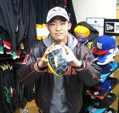 【新宿2号店】 2013年1月27日  NFLコーディネートで決めて来店されたタカハシ様です♪  もうじきスーパーボウル楽しみですね!