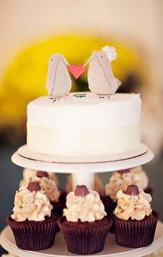 Like this wedding cake topper
