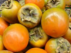 Persimmons! How to select and enjoy.
