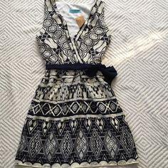 Francesca's printed vneck dress Faux wrap front chiffon overlay blue belt brand new Francesca's Collections Dresses