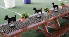 Dogs / Puppies Birthday Party Ideas | Photo 2 of 16