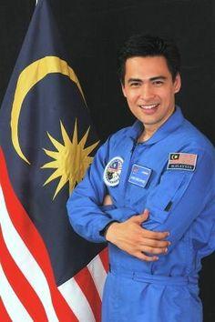Dr. Sheikh Muszaphar Shukor - der erste Malaysier auf der internationalen Raumstation --- Malaysia´s first astronaut in space.