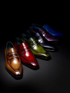 Can you say color change...??? #Berluti