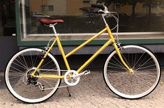 A yelllow bike. Awesome!     Bisou Unisex Bike von tokyobike | MONOQI