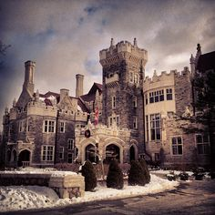 """See 1661 photos and 155 tips from 9542 visitors to Casa Loma. """"Must visit tourist spot in Toronto. Great Places, Places To See, Toronto Island, Toronto Travel, Royal Residence, Places To Get Married, Downtown Toronto, Tourist Spots, Canada Travel"""