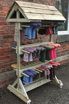 Children need clothes to go outside in any weather. - Children need clothes to go outside in any weather. We … – Outdoor Classroom and School Garden - Outdoor Learning Spaces, Outdoor Education, Outdoor Play Areas, Natural Playground, Outdoor Playground, Sensory Garden, Outdoor Classroom, Forest School, Outdoor Fun