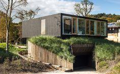 Villa V in Bloemendaal. The Netherlands / Paul de Ruiter Architects