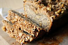 Roasted bananas, crumbly streusel topping... my favorite banana bread EVER!